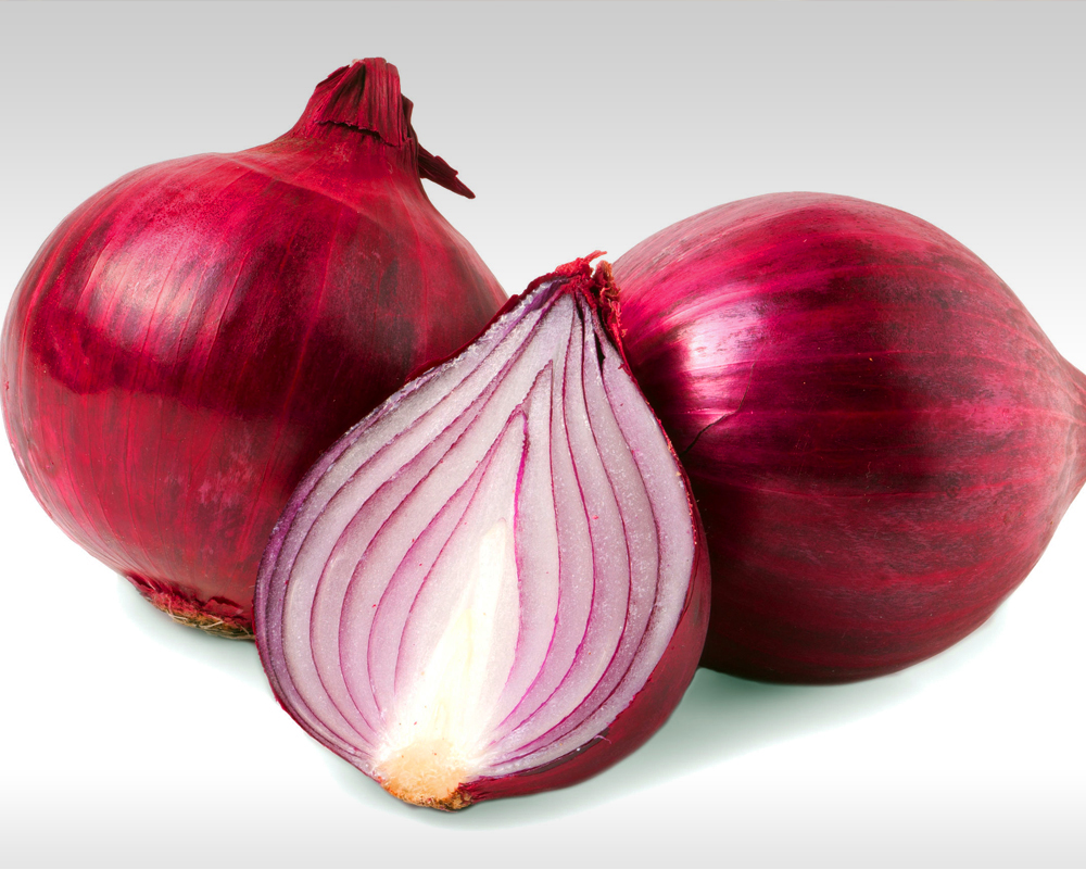 Photo of a group of onions.